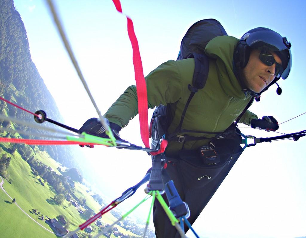 Wingover über dem Landeplatz Andelsbuch
